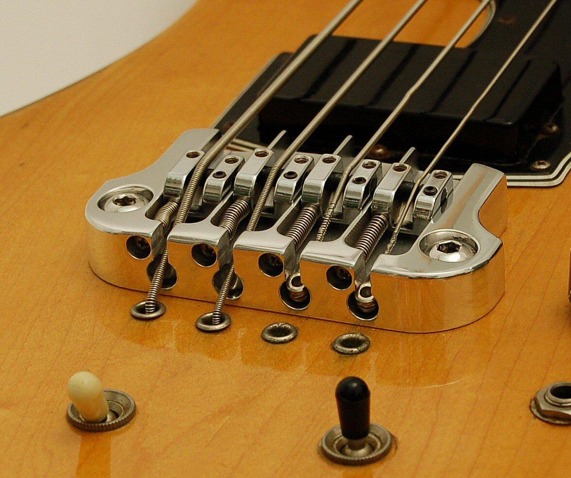 Струнодержатель для бас гитары своими руками