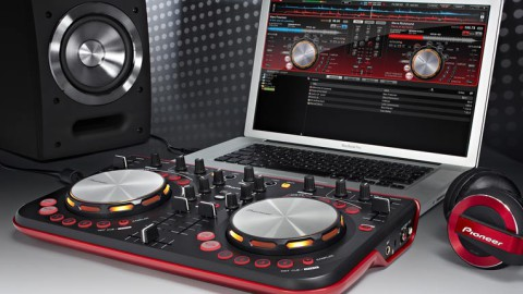 Как выбрать DJ контроллер