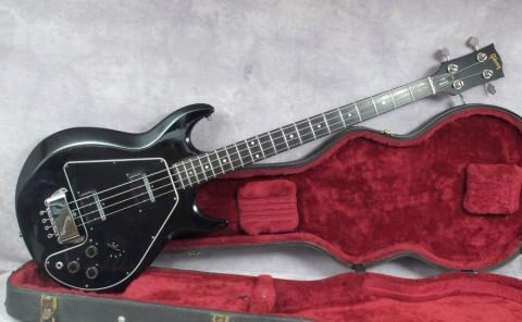 Выбираем бac-гитару