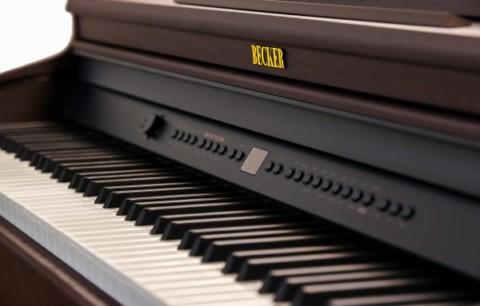 Новая линейка электронных пианино Becker