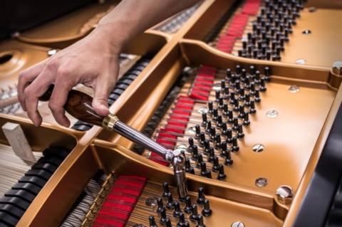 Как настроить пианино