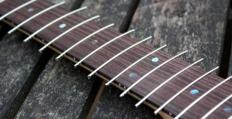 Замена ладов на акустической гитаре