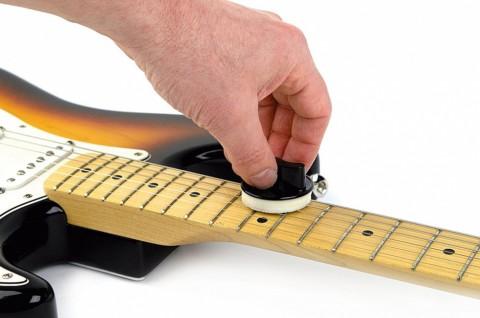 Как ухаживать за гитарой