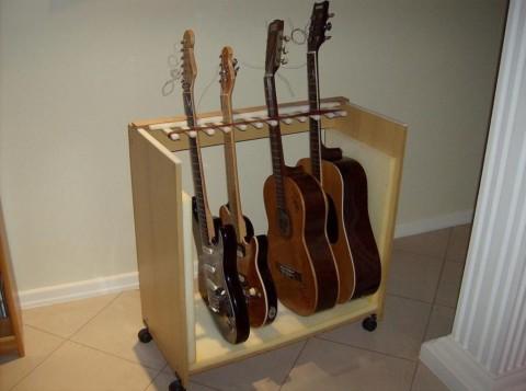 Делаем подставку для гитары своими руками