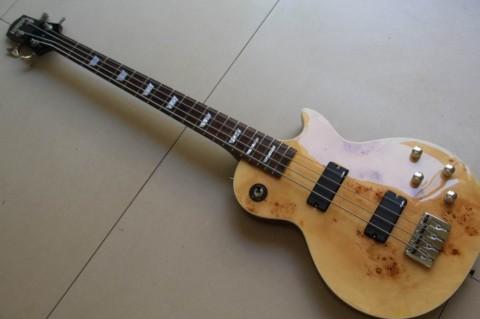 О настройке бас гитары